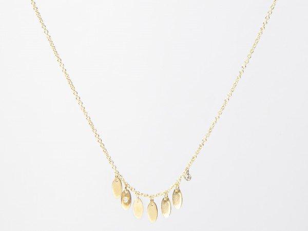 Collana in oro rosa satinato con piccole foglie pendenti e brillante - Ivy Gioielli Prato